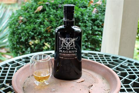 Highland Park Magnus Scotch Review | The Whiskey Reviewer