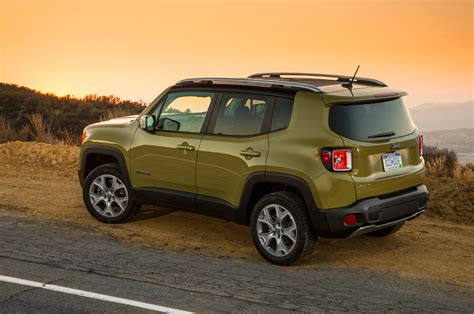 Jeep Renegade Limited 2016 | SUV Drive