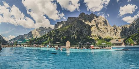 Snow and Spas - a trip to Leukerbad Therme, Switzerland