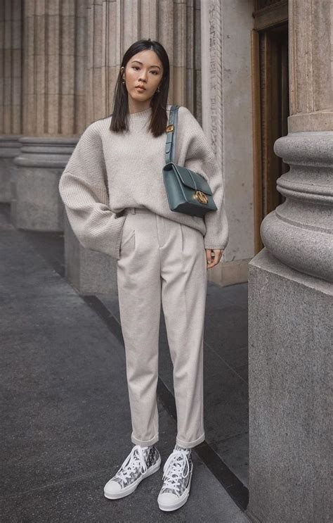 Neutral Look #fashionkilla in 2020 | December outfits, 90s