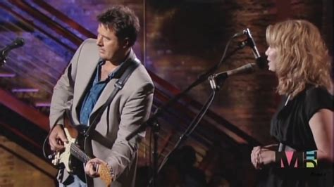 Alison Krauss & Vince Gill - Whenever You Come Around