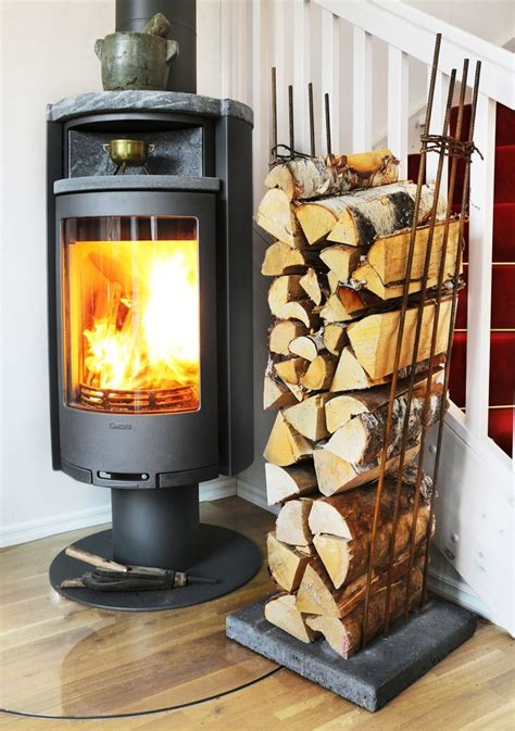 Rebar fire wood storage DIY - VERY EASY   Into the woods