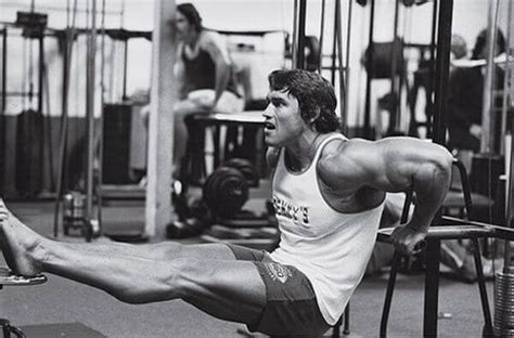 The Absolute Best Triceps Workout: 5 Triceps Exercises