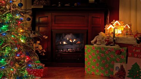 4K FIREPLACE Cozy Christmas Scene 2 HOUR Nature Relaxation