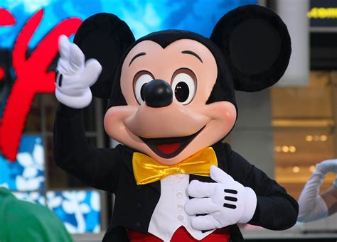 Happy 86th Birthday Mickey Mouse: 10 Facts About World's
